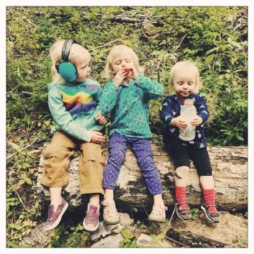 Goofy girlies (Alice, Ruby, Bridgette)