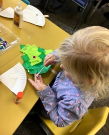 Craft at library story time